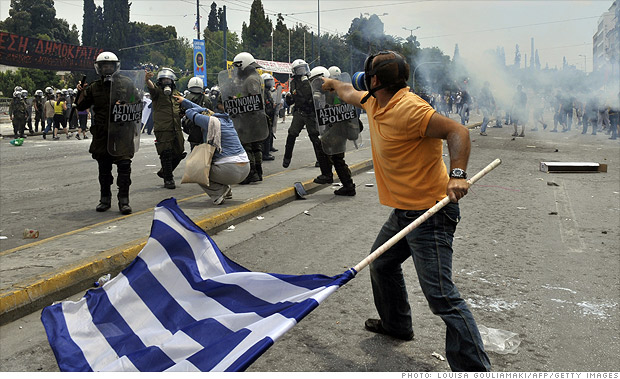 greece-euro-zone-breaks-up.gi
